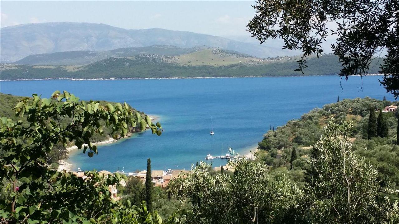 Земля на Керкире, Греция, 2400 м2 - фото 1