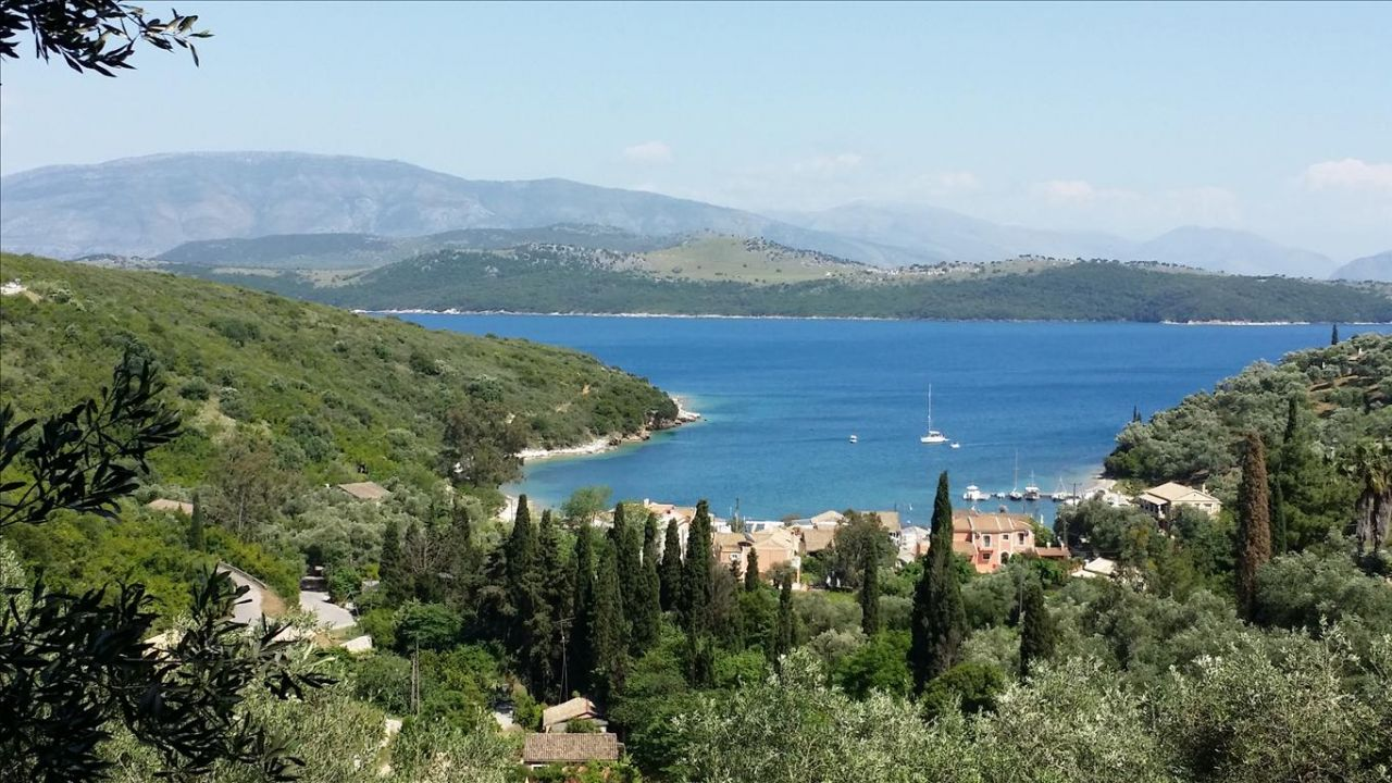 Земля на Керкире, Греция, 6430 м2 - фото 1