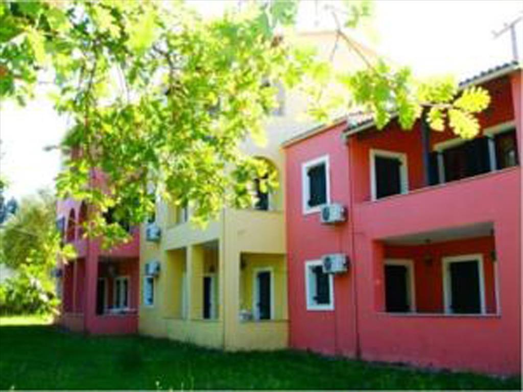 Коммерческая недвижимость на Керкире, Греция, 400 м2 - фото 1