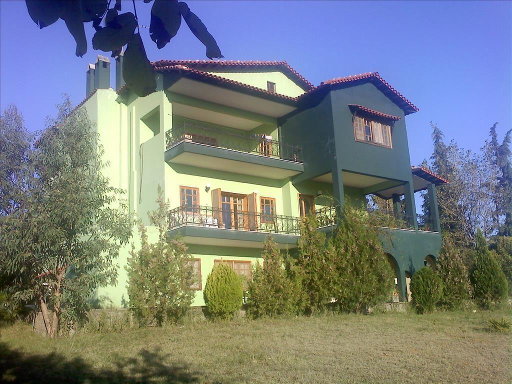 Дом на Керкире, Греция, 4625 м2 - фото 1
