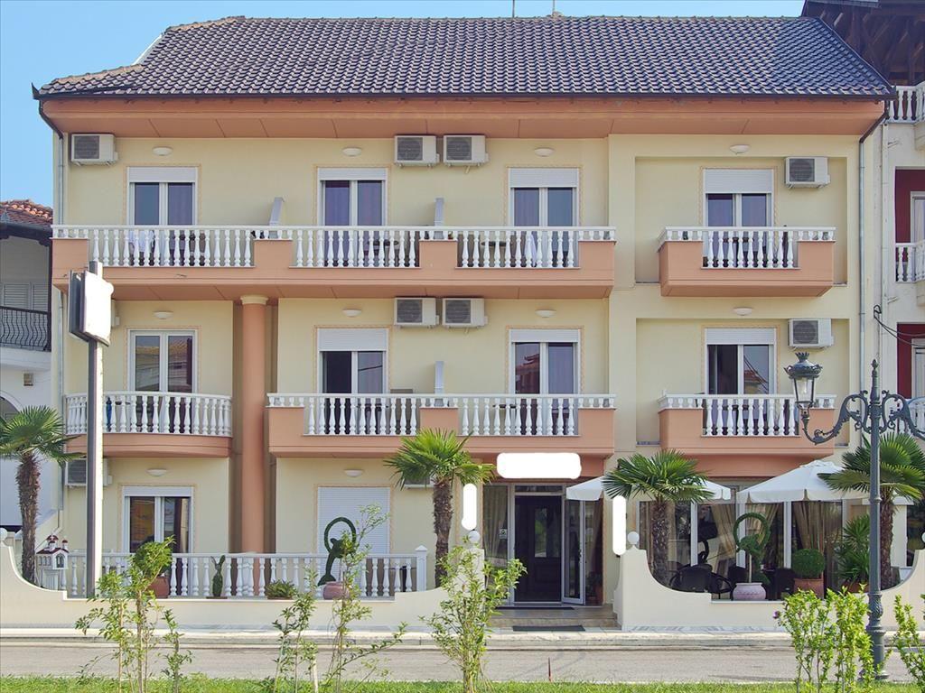 Отель, гостиница в Пиерии, Греция, 1000 м2 - фото 1