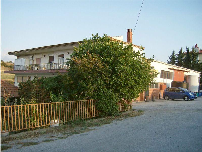 Коммерческая недвижимость в Салониках, Греция, 1008 м2 - фото 1