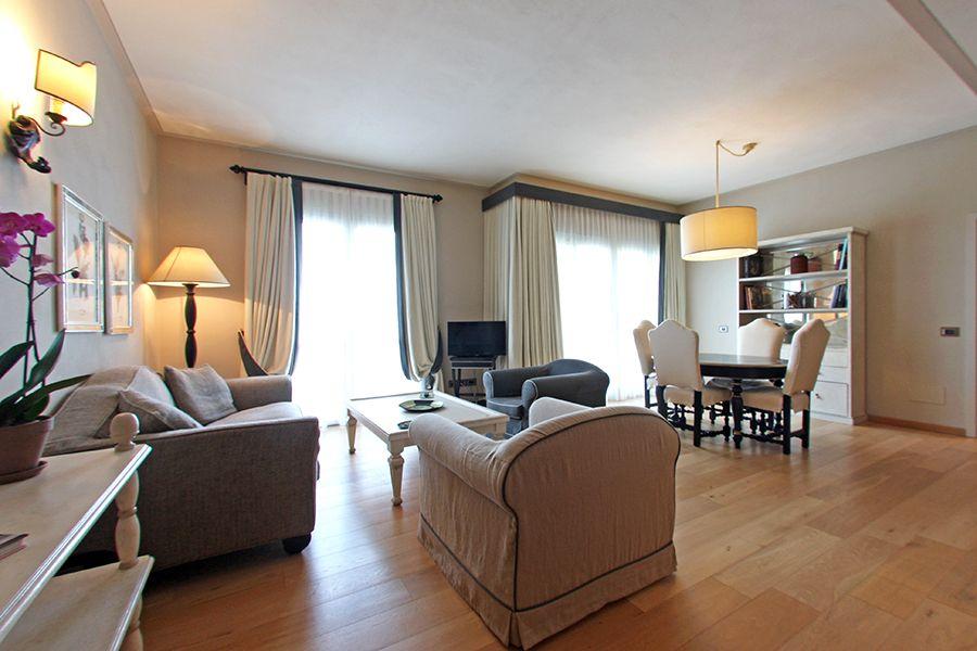 Квартира в Сиене, Италия, 107 м2 - фото 1