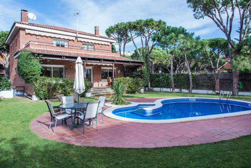 Купить дом в испании недалеко от барселоны