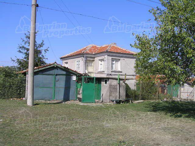 Дом в Ямболе, Болгария, 1380 м2 - фото 1