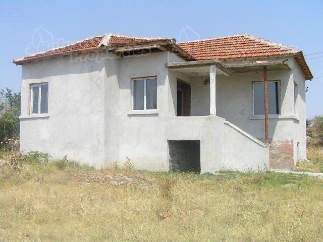 Дом в Ямболе, Болгария, 1330 м2 - фото 1
