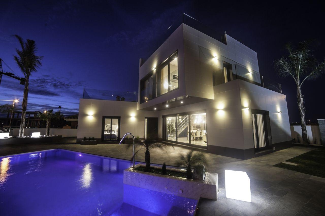Дом на Коста-Бланка, Испания, 500 м2 - фото 1