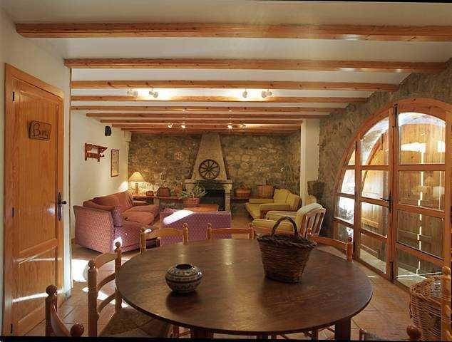 Отель, гостиница на Коста-Асаар, Испания, 3800 м2 - фото 1