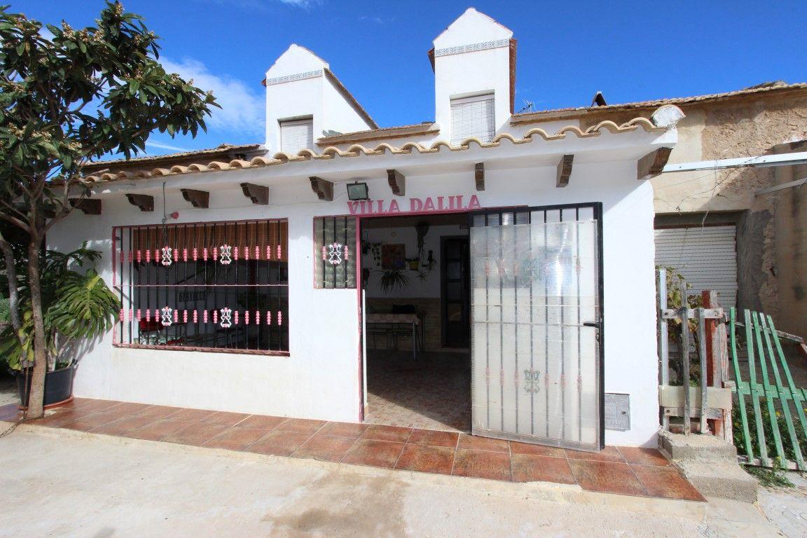 Дом в Сан-Мигель де Салинас, Испания, 35 м2 - фото 1