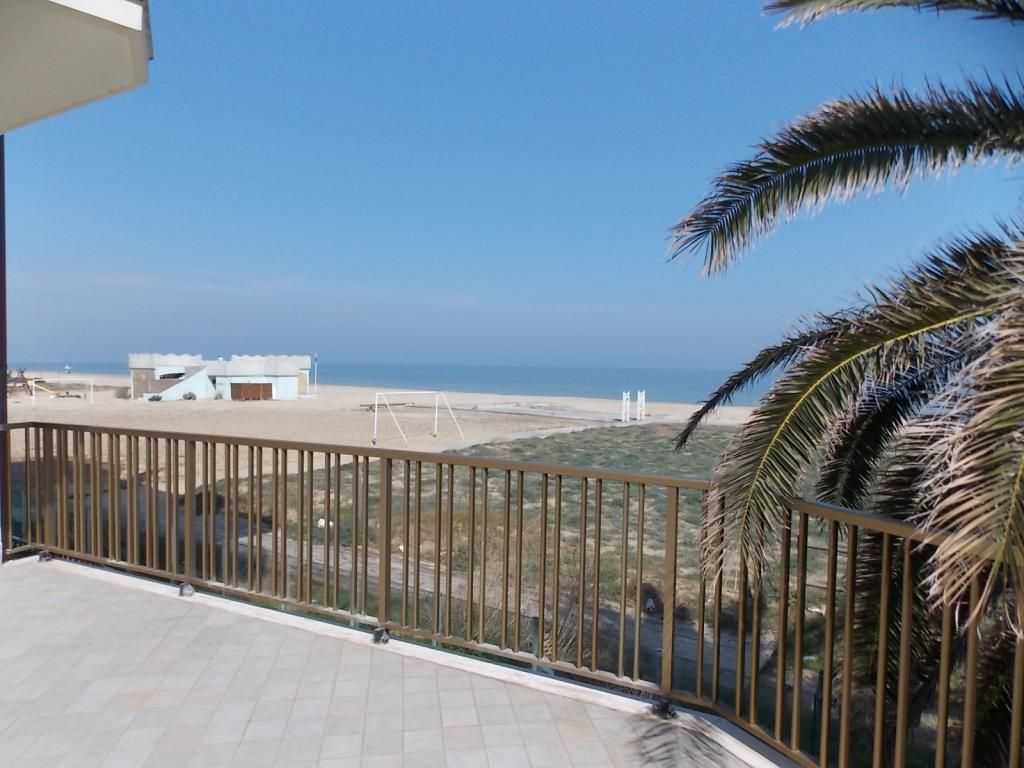 Apartments in Abruzzo on the beach to buy