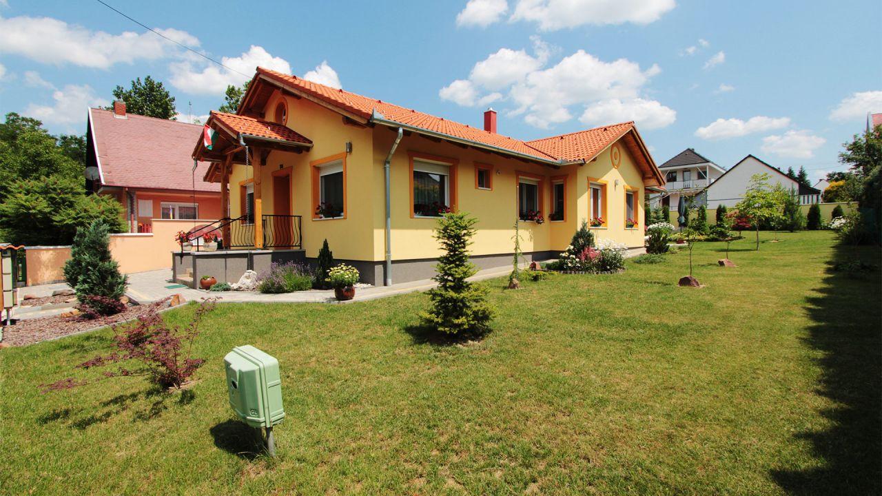 Дом в Хевизе, Венгрия, 110 м2 - фото 1