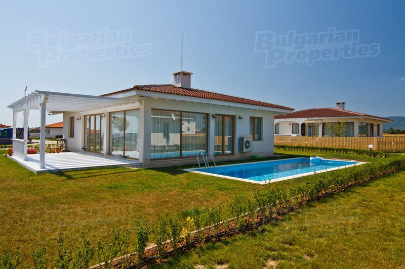 Дом в Лозенеце, Болгария - фото 1
