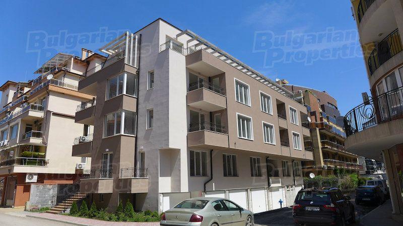 Апартаменты в Поморие, Болгария, 54.96 м2 - фото 1