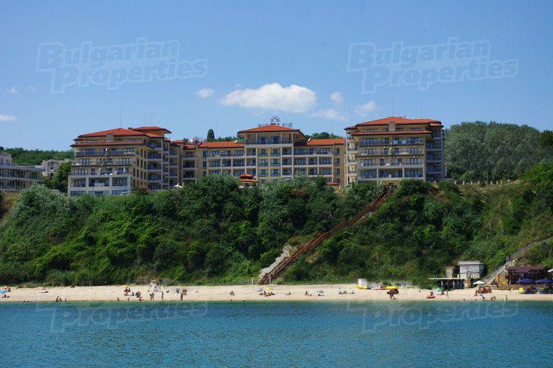 Апартаменты в Бяле, Болгария, 78.53 м2 - фото 1