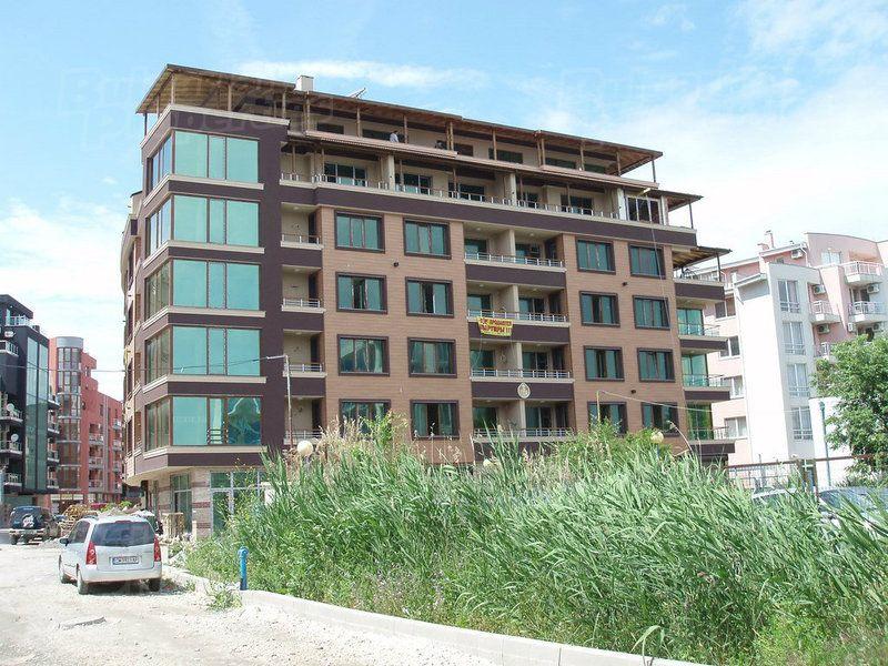 Апартаменты в Поморие, Болгария, 56.6 м2 - фото 1