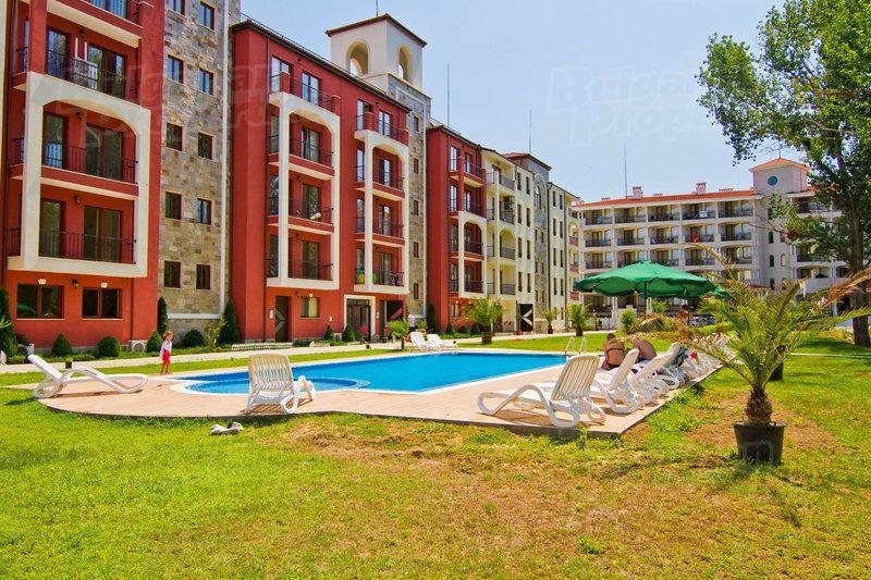 Апартаменты в Царево, Болгария, 67.2 м2 - фото 1
