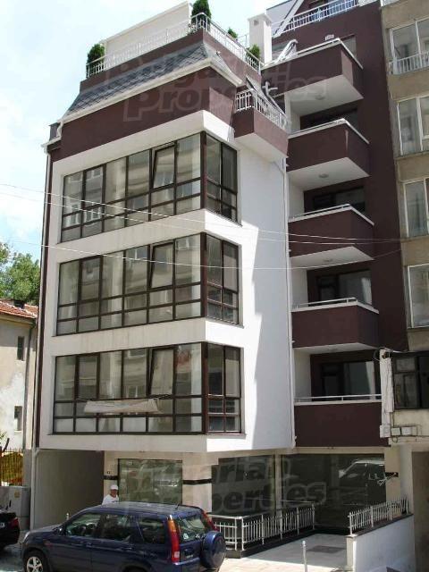 Апартаменты в Бургасе, Болгария, 235.64 м2 - фото 1
