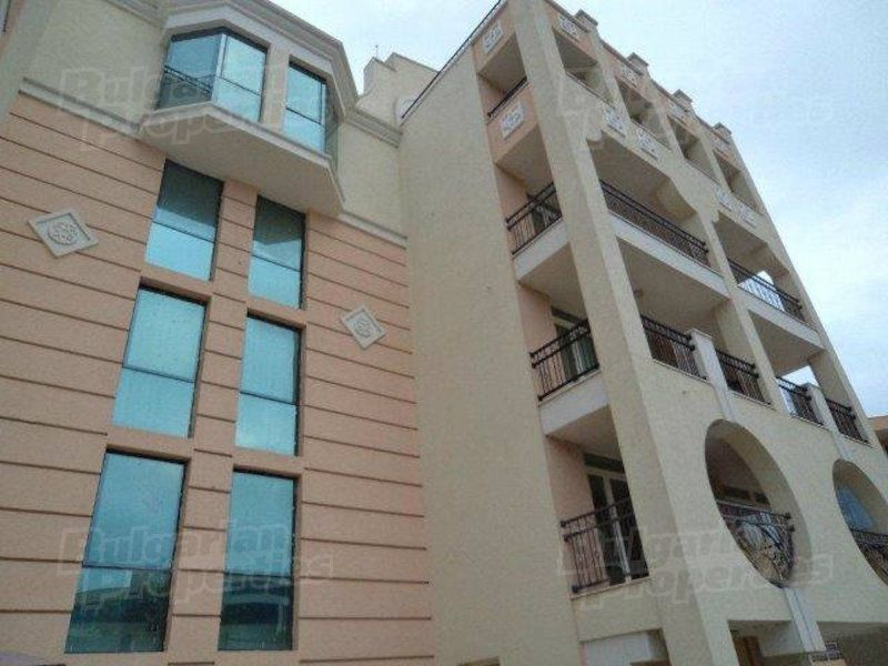 Апартаменты в Поморие, Болгария, 225 м2 - фото 1