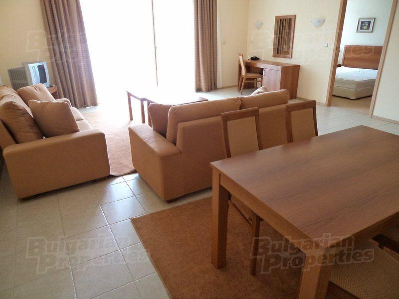 Апартаменты в Поморие, Болгария, 124.77 м2 - фото 1