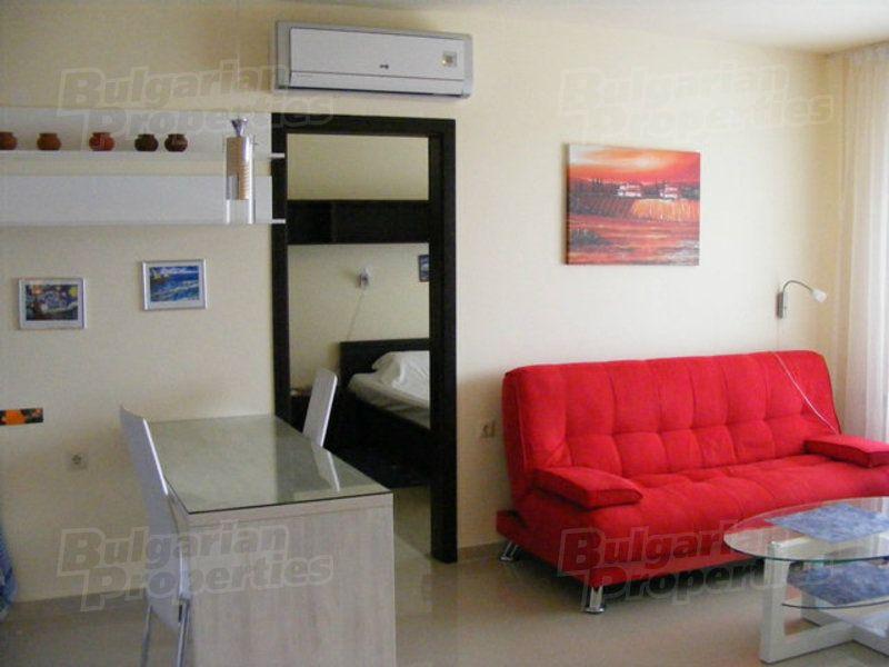 Апартаменты в Бяле, Болгария, 78.4 м2 - фото 1