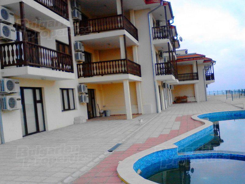 Апартаменты в Бяле, Болгария, 50 м2 - фото 1