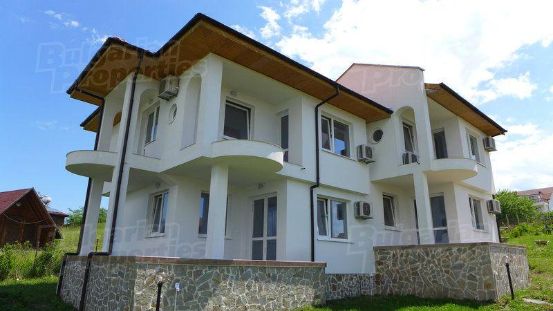 Дом в Царево, Болгария - фото 1