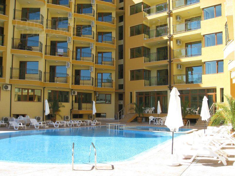 Апартаменты на Солнечном берегу, Болгария, 64.14 м2 - фото 1