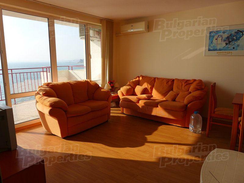 Апартаменты на Солнечном берегу, Болгария, 76 м2 - фото 1