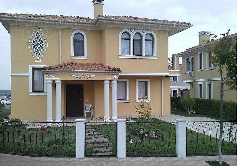 Дом в Бургасе, Болгария, 374 м2 - фото 1