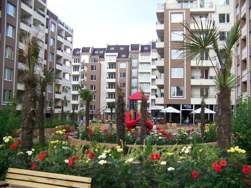 Апартаменты в Бургасе, Болгария, 112.7 м2 - фото 1