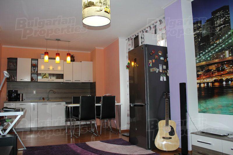 Апартаменты в Варне, Болгария, 64 м2 - фото 1