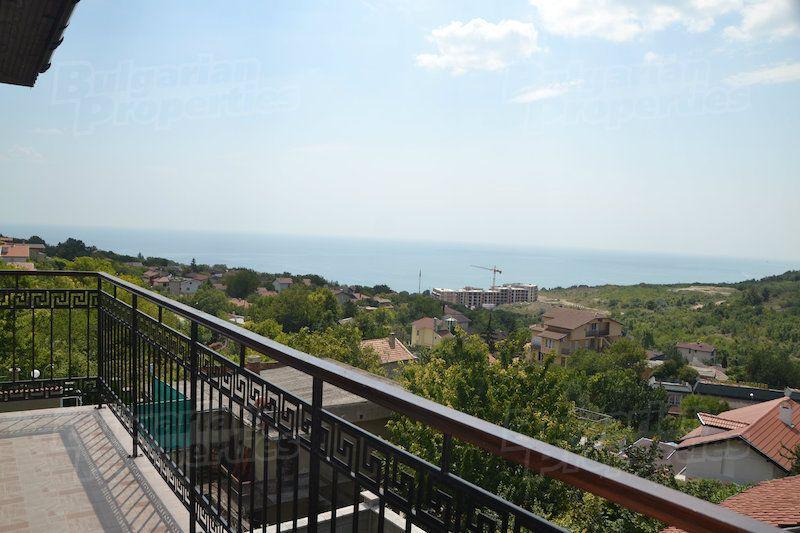 Апартаменты в Балчике, Болгария, 150 м2 - фото 1