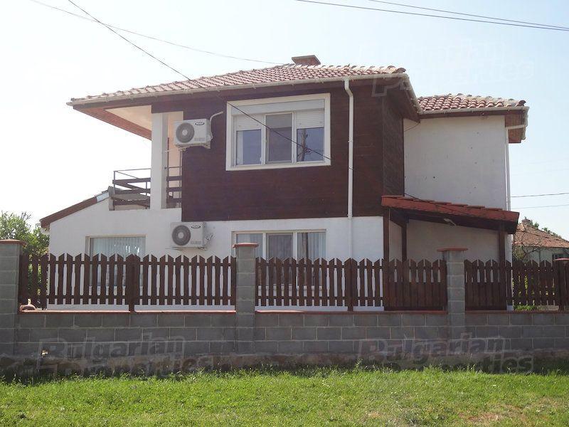 Дом в Бургасе, Болгария, 525 м2 - фото 1