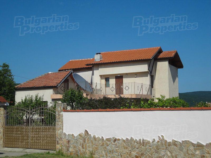 Дом в Бургасе, Болгария, 1122 м2 - фото 1