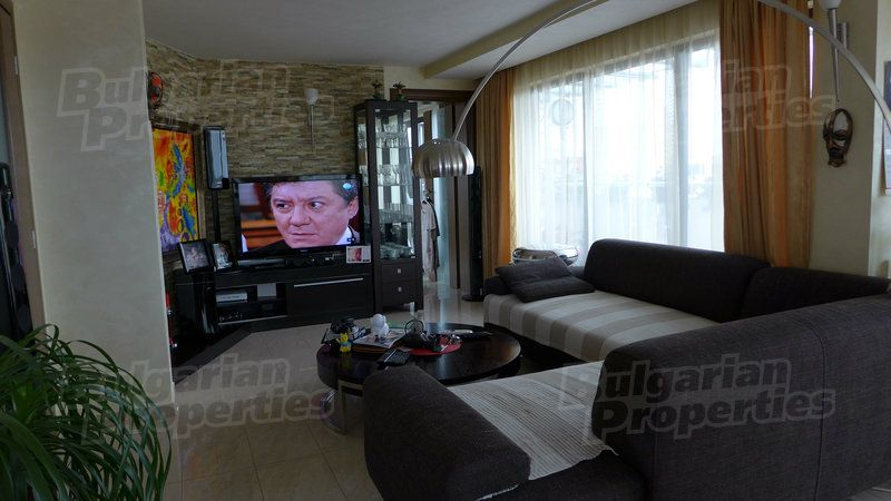 Апартаменты в Поморие, Болгария, 160.07 м2 - фото 1