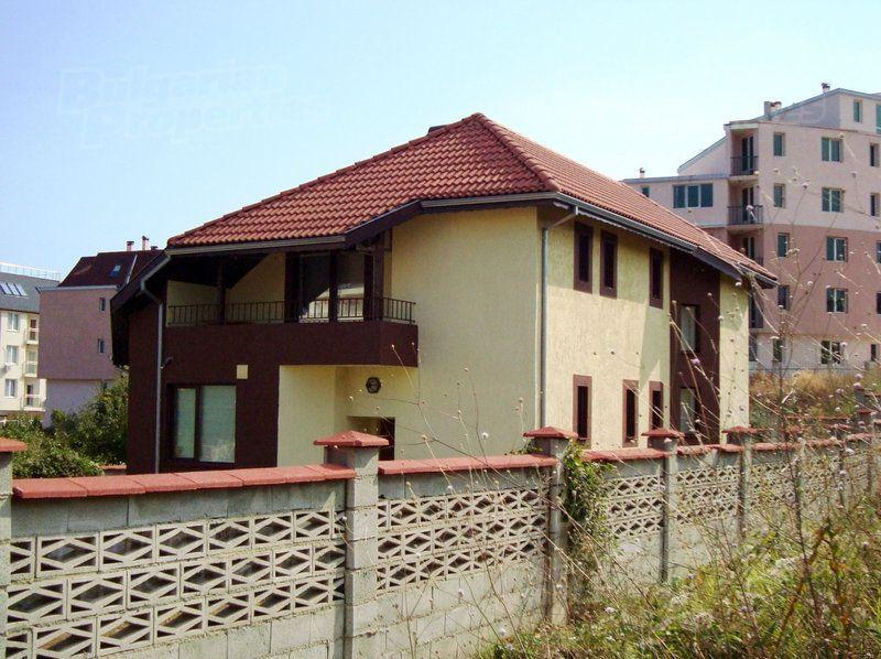Дом в Святых Константине и Елене, Болгария, 1000 м2 - фото 1