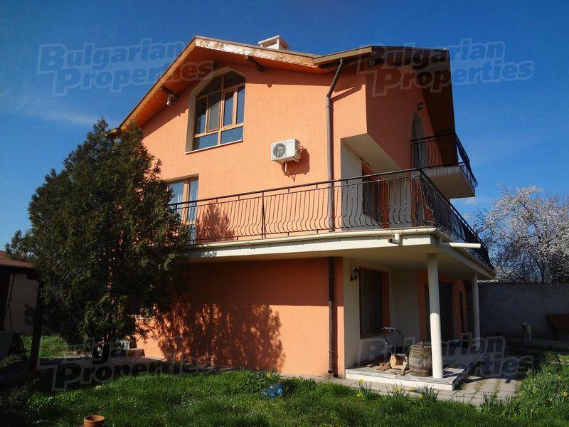 Дом в Бургасе, Болгария, 243 м2 - фото 1