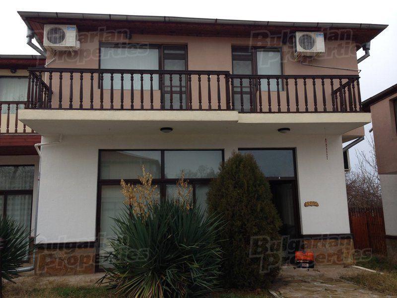 Дом в Бургасе, Болгария, 239 м2 - фото 1