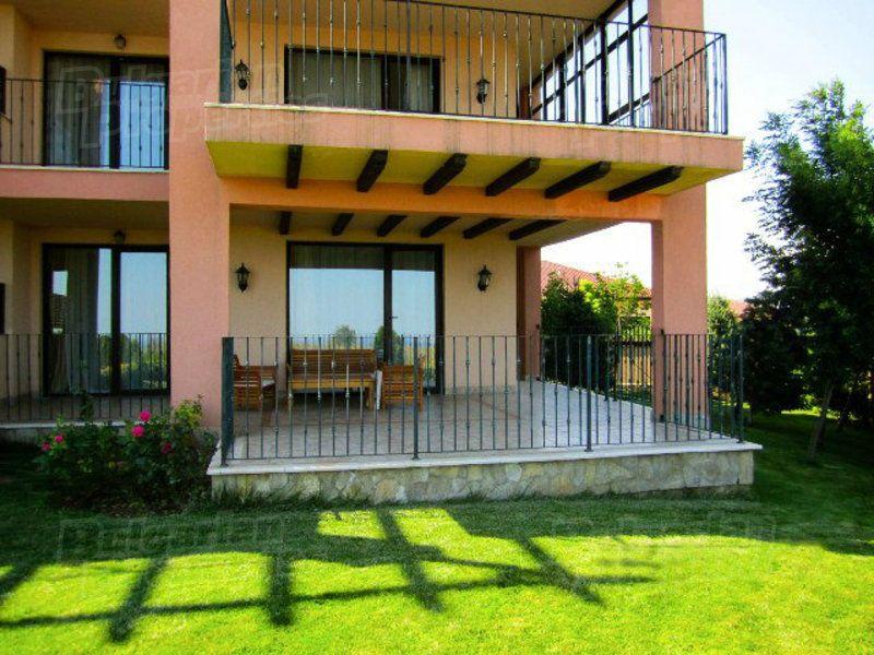 Апартаменты в Каварне, Болгария, 144.2 м2 - фото 1