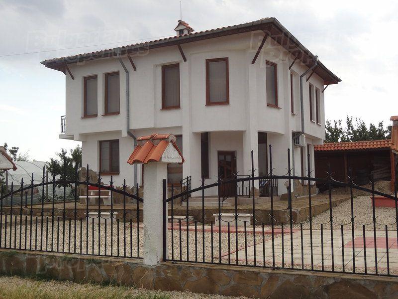 Дом в Бургасе, Болгария, 480 м2 - фото 1