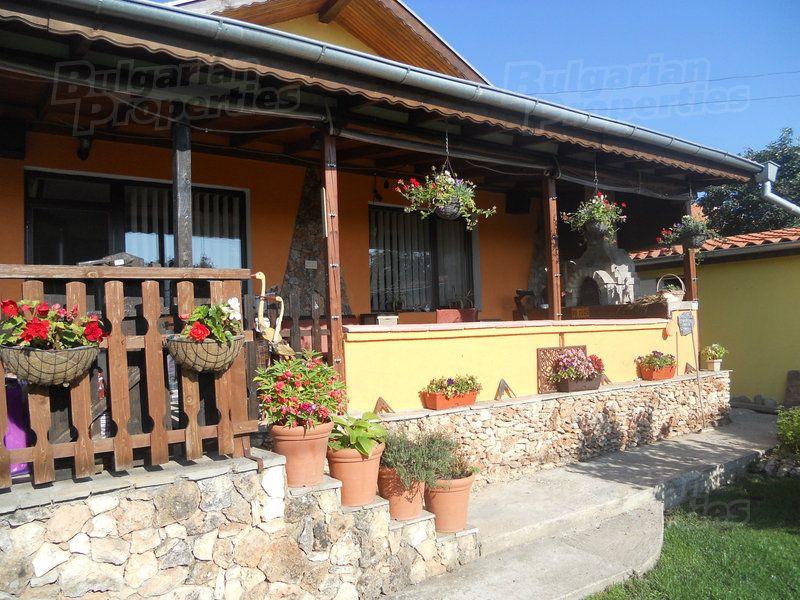 Дом в Добриче, Болгария, 680 м2 - фото 1