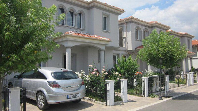 Дом в Бургасе, Болгария, 138.5 м2 - фото 1