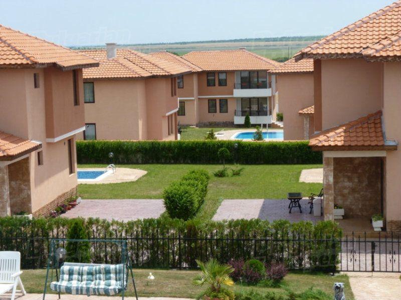 Дом в Бургасе, Болгария, 375 м2 - фото 1