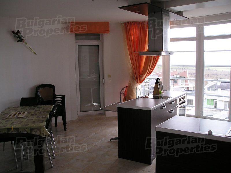 Апартаменты на Солнечном берегу, Болгария, 180.04 м2 - фото 1