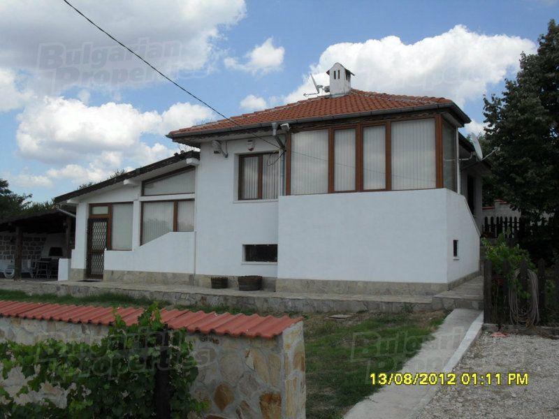 Дом в Варне, Болгария, 1470 м2 - фото 1