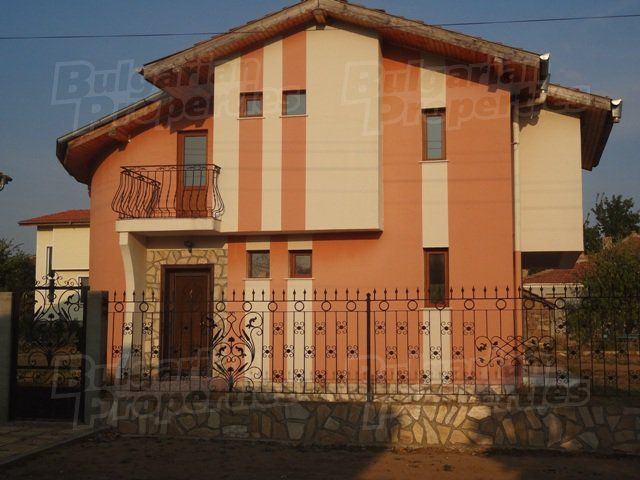 Дом на Солнечном берегу, Болгария, 380 м2 - фото 1
