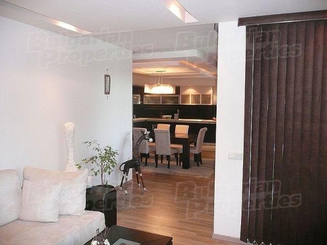 Апартаменты в Варне, Болгария, 131 м2 - фото 1