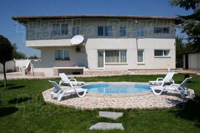Дом в Варне, Болгария, 1000 м2 - фото 1