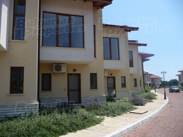 Дома в болгарии цены 2014