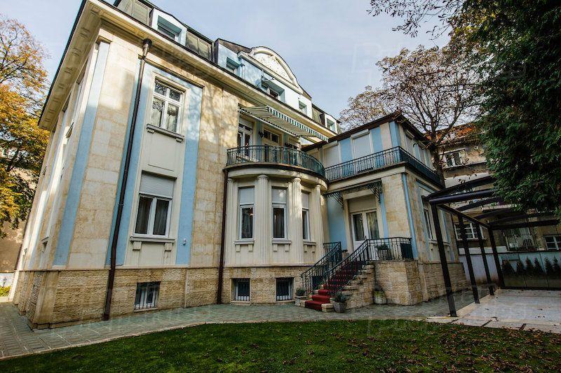 Дом в Софии, Болгария, 720 м2 - фото 1
